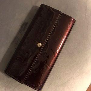 Louis Vuitton Amarante Monogram Vernis Wallet
